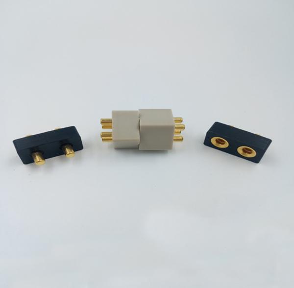 板对板连接器